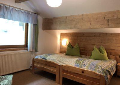 Grün-blaues Schlafzimmer OG