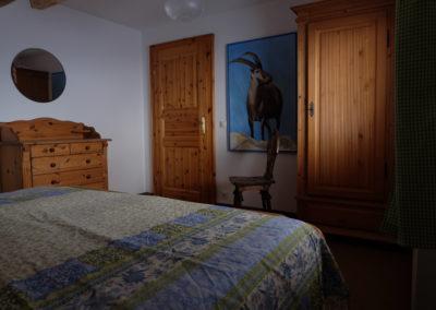BlGrün-blaues Schlafzimmer OG